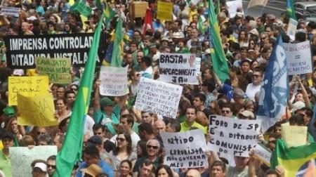 PROTESTO-15.11.2014-480x269